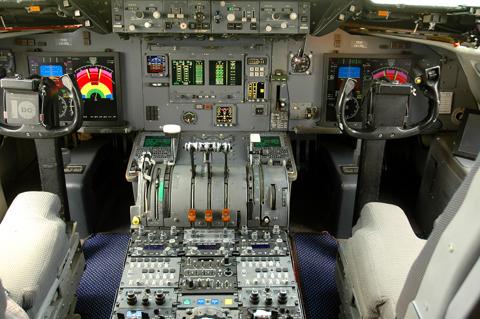 (K)DC-10 Cockpit/IP - Innovative Solutions & Support